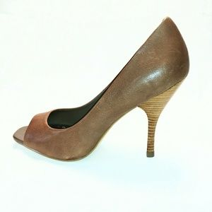 NEW BCBG Ariel  Brown Leather Heels Dress Shoes 10